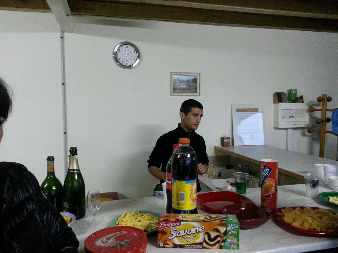 Manu, celui qui se cache pour boire
