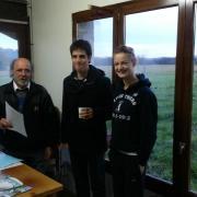 Guy, Lucas et Madeleine. Instructeur et élèves